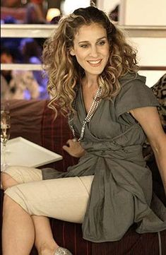 natural dress --- Sarah Jessica Parker - SATC - Carrie Bradshaw - set - sex and the city