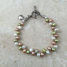 Pearl Bracelet, neutral tones, dancing pearl bracelet, beaded pearl bracelet. 7 1/2 inch by EastVillageJewelry on Etsy