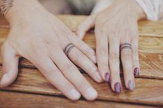 Wedding Ring Tattoos 30 Romantic Wedding Ring finger Tattoo designs and ideas Wedding Ring Finger, Titanium Wedding Rings, Cool Wedding Rings, Custom Wedding Rings, Wedding Matches, Finger Tattoo Designs, Ring Finger Tattoos, Couples Ring Tattoos, Wedding Band Tattoo