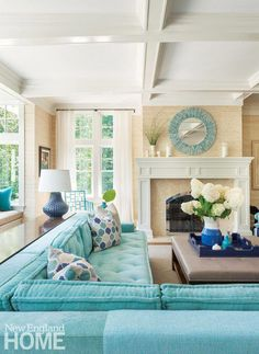 Coastal Living Room With Turquoise Sectional #Coastalbedrooms
