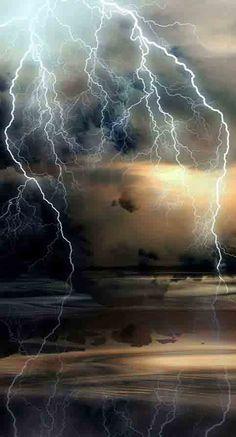 Mother Nature, lightning, thunder storm, landscape, weather, panorama, water, reflections, beautiful, breathtaking, photo.