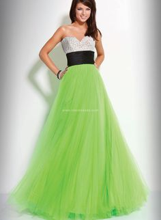 Cute wedding dress for St. Patricks day Wedding
