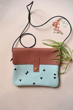 SAC ROOM SERVICE - PONY MOTEL  #blush #triangle #leatherbag
