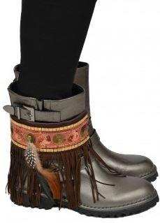 http://www.kellyjeans.nl/nl/women/accessoires/damn/damn-golden-studs-bootbelts-09-g94-p86729/
