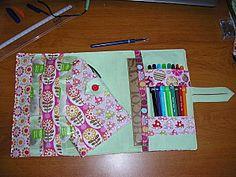 le kit de survie à la rentrée et son tuto INDISPENSABLE! Diy Bags Purses, Diy Couture, Survival Gear, Projects To Try, Notebook, Album, Crochet, Gmail, Sewing