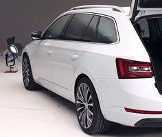 Combi Volkswagen, Sketch, Cars, Vehicles, Sketch Drawing, Autos, Sketches, Car, Car