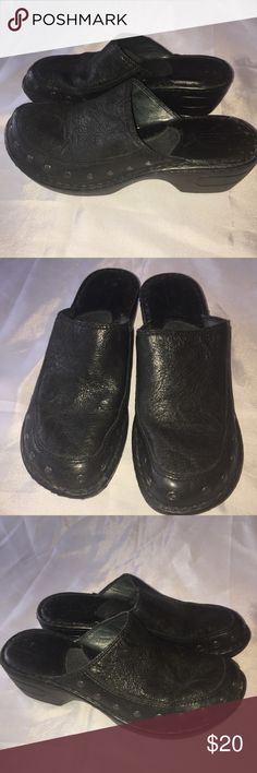 Black leather Born mules in nice condition. Size7 Black leather Born mules in nice condition. Size7 Born Shoes Mules & Clogs