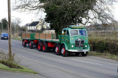 Small road rn around the Burton On Trent area Easter Sunday.Ending at the National Brewery Museum. Old Lorries, Commercial Vehicle, All Cars, Classic Trucks, Cool Trucks, Rigs, Graham, Photographs, British