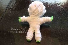 Doodlecraft: Make Your Own String Voodoo Dolls! Damnit Doll, String Voodoo Dolls, Voodoo Spells, Cute Eyes, Pumpkin Faces, Make Your Own, How To Make, Fun Crafts For Kids, Diy Doll