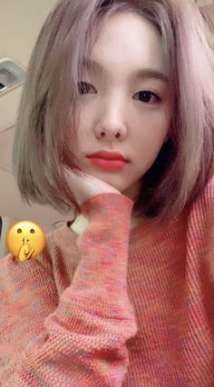 short hair nayeon from twice! Kpop Girl Groups, Korean Girl Groups, Kpop Girls, Short Hair Trends, Short Hair Styles, Twice Korean, Jimin Fanart, Chaeyoung Twice, Nayeon Twice