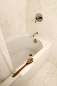 How To Clean A Yellowing Fiberglass Tub