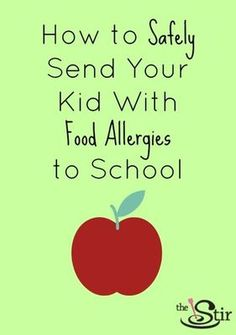 A Mom's Survival Guide to Sending Her Kid With Food Allergies to School The start of the new school year can be especially stressful for parents of children with food allergies. They are sending them from the safety of hom… Signs Of Food Allergies, Kids Allergies, Seasonal Allergies, Tree Nut Allergy, Egg Allergy, Peanut Allergy Sign, Milk Allergy, Jack Food, Allergies Alimentaires