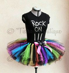 So love the multi color in with the black. Seems to be a nice full tutu! Adult Tutu Teen Tutu Preteen Tutu Halloween Tutu by TiarasTutus Tulle Crafts, Diy Crafts, Glow Run, Tutu Ballet, Rainbow Tutu, Adult Tutu, Running Costumes, Tutus For Girls, Diy Clothes