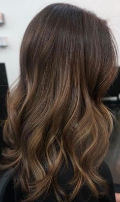 Long Wavy Ash-Brown Balayage - 20 Light Brown Hair Color Ideas for Your New Look - The Trending Hairstyle Balayage Straight Hair, Brown Hair Balayage, Brown Blonde Hair, Light Brown Hair, Hair Color Balayage, Ombre Hair, Balayage Highlights, Sand Brown Hair, Asian Balayage