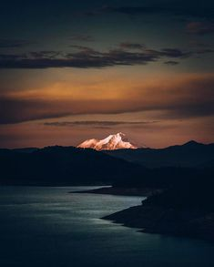 """168.4 mil Me gusta, 648 comentarios - BEAUTIFUL DESTINATIONS (@beautifuldestinations) en Instagram: """"Top of Mount Shasta 👀 (📷: @jude_allen)"""""""