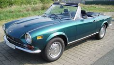 Fiat 124 Spyder - 1971 - I want this CAR - don't care about the age - I like old things :)