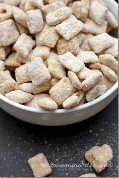 18 Easy Desserts To Make With Store-Bought Cookies Puppy Chow Recipes, Chex Mix Recipes, Snack Recipes, Dessert Recipes, Candy Recipes, Yummy Snacks, Delicious Desserts, Yummy Food, Coconut Desserts