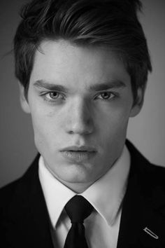 Dominic Sherwood as Jace. | Shadowhunters