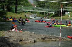 La rivière et ses nombreux pratiquants