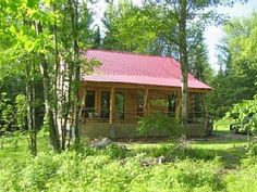 Dream Log Cabin in the Woods, Yet Close to Everything! Dogs Welcome!!!  Stowe