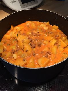 Schmorgurkeneintopf by Tinska on www. Cooking Time, How To Make Dough, Food To Make, Mutton Meat, Name Of Vegetables, Food Humor, Funny Food, Vegetable Dishes, Garage