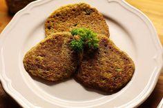 Das perfekte Amaranth Puffer-Rezept mit Bild und einfacher Schritt-für-Schritt-Anleitung: Amaranth mit Gemüsebrühe 30 Minuten im Wasser kochen und leicht…