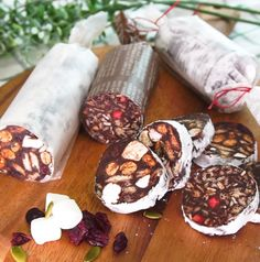 Bakery Packaging, Sweet Cookies, Cafe Menu, Chocolate Bark, Dessert Recipes, Desserts, Cake Art, Sweet Recipes, Sweets