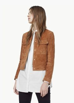 Round neck Long sleeves with buttoned cuffs Twin flap pockets on chest Concealed zip and button fastening Lining Style Désinvolte Chic, Style Me, Suede Jacket, Leather Jacket, Fashion 2020, Casual Chic, Jackets For Women, Street Style, How To Wear