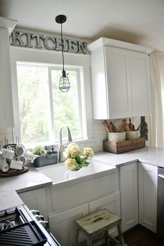 light & bright kitchen.