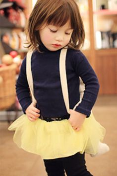 ANNIKA / Fall Winter 2013 Collection Toddler Haircuts, Girl Haircuts, Girl Hairstyles, Kids Haircut Styles, Baby Girl Fashion, Kids Fashion, Baby Haircut, Kids Cuts, Stella Mccartney Kids