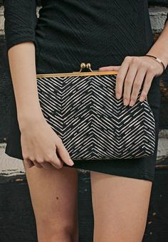 Digging the classical clasp closure of this clutch. Geometric Clutch / Black White Clutch