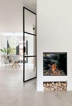 Home Fireplace, Scandinavian Living, Home Decor Kitchen, Minimalist Home, Living Room Interior, Decor Interior Design, Interior Inspiration, Home And Living, New Homes