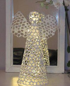 Made by Virve Stenius...DIY: papier-mâché + chikcen wire + light