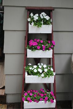 I have an older ladder I thought of doing this with!