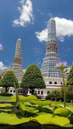 Wat Phra Kaew, Bangkok, Thailand تايلند www.magicalarabia.com