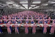 Résultats Google Recherche d'images correspondant à http://mastersofmedia.hum.uva.nl/wp02/wp-content/uploads/2008/03/low-wage-factory-worker...