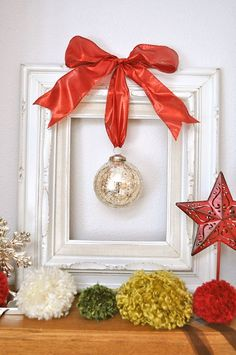 FRAMED CHRISTMAS ORNAMENT {TUTORIAL}  !   few of these in different sized frames would be cute on a holiday mantle or buffet