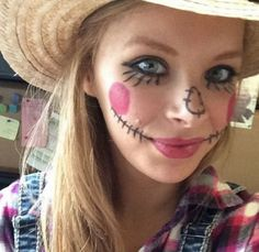 Easy Halloween Makeup Ideas - A Little Craft In Your Day Makeup Recipes diy makeup recipes easy Scarecrow Halloween Makeup, Quick Halloween Costumes, Halloween Costumes Scarecrow, Halloween Makeup Looks, Easy Halloween, Halloween Crafts, Homemade Costumes, Day Makeup, Makeup Tips