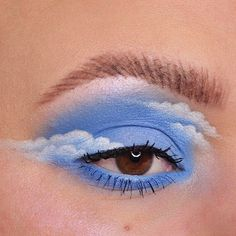 eye makeup art Happy little clouds Turning into a regular eye look account over here arent we Here is my contribution to the lovely cloud trend. Cute Makeup Looks, Makeup Eye Looks, Eye Makeup Art, Crazy Makeup, Pretty Makeup, Skin Makeup, Makeup Inspo, Eyeshadow Makeup, Makeup Inspiration