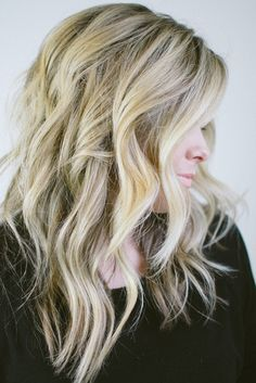 textured, messy waves // www.thesmallthingsblog.com , Kate Bryan