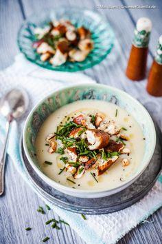 Winterliche Kartoffelsuppe mit Gewürzbutter und Brezelcroutons   GourmetGuerilla.de