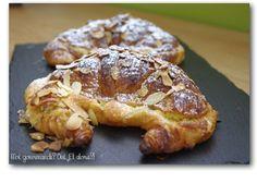 croissants-aux-amandes-1