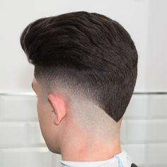 Haircut by javi_thebarber_ http://ift.tt/1p9va8m #menshair #menshairstyles #menshaircuts #hairstylesformen #coolhaircuts #coolhairstyles #haircuts #hairstyles #barbers