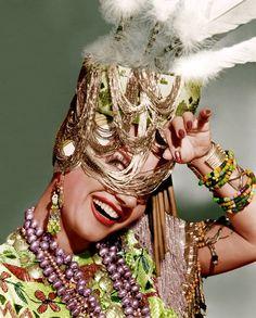 "Maria do Carmo Miranda da Cunha ""Carmen Miranda"" February 1909 - August 1955 I absolutely adore this woman! Carmen Miranda, Aurora Miranda, Hollywood Stars, Classic Hollywood, Old Hollywood, Hollywood Icons, Hollywood Glamour, Beverly Hills, Divas"