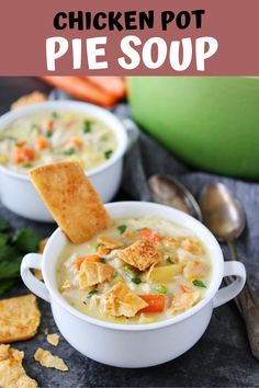 Chicken Pot Pie Soup Recipes This easy, creamy chicken pot pie soup is made from scratch and the ultimate comfort food. We like to serve the soup with pie crust crackers, which a. Best Onion Soup Recipe, Chicken Pot Pie Soup Recipe, Onion Soup Recipes, Bean Soup Recipes, Chicken Recipes, Pot Recipe, Chili Recipes, Casserole Recipes, Slow Cooker Soup
