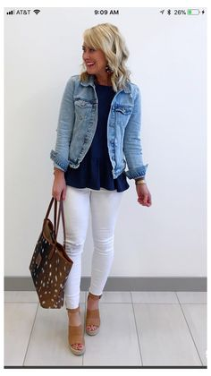 White Pants Outfit, Casual Dress Outfits, Summer Dress Outfits, Spring Outfits, Cool Outfits, Fashion Outfits, Denim Dresses, Denim Outfits, Denim Skirts