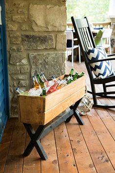 Outdoor patio furniture diy drink coolers 24 new ideas Resin Patio Furniture, Backyard Furniture, Diy Outdoor Furniture, Outdoor Decor, Diy Outdoor Table, Outdoor Sofa, Outdoor Living, Diy Patio, Backyard Patio