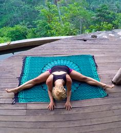 Milt/maag : the Dragonfly Pose