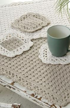 I have personally used this pattern, I loved it then and I love it now. Options Placemat Coaster Crochet Pattern - designed by Marilyn Coleman. Pattern free at Red Heart Yarn. Crochet Gifts, Crochet Hooks, Free Crochet, Knit Crochet, Crochet Shawl, Crochet Baby, Crochet Dishcloths, Crochet Doilies, Crochet Edgings