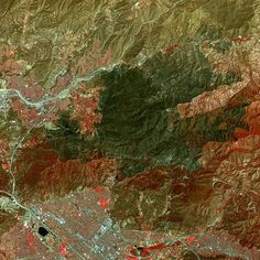 New image from space shows area near Los Angeles burned in the #SandFire. The…